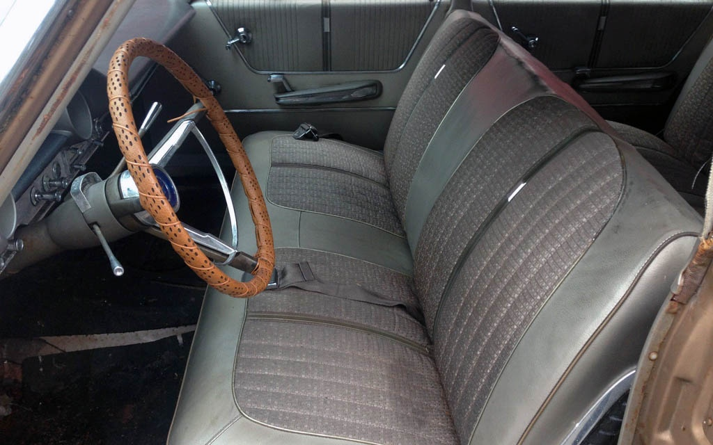 Ford Galaxy Wagon Interior