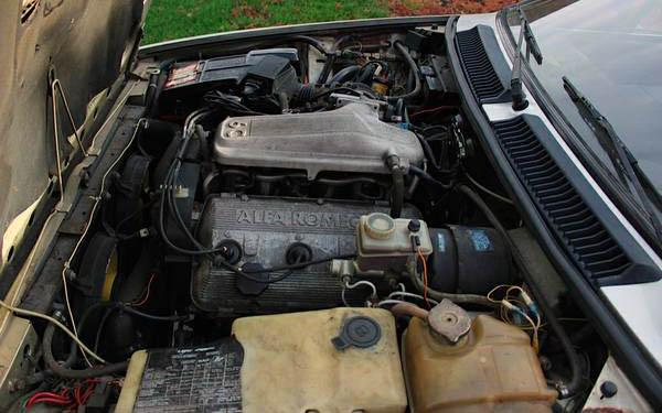 Alfa GTV6 Engine