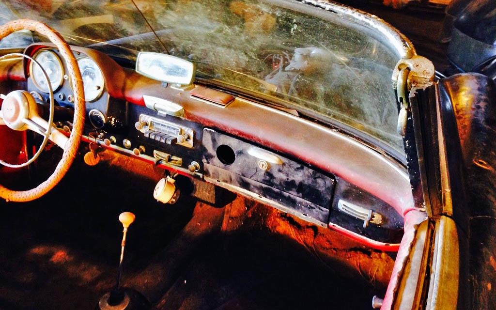Mercedes 190SL Interior