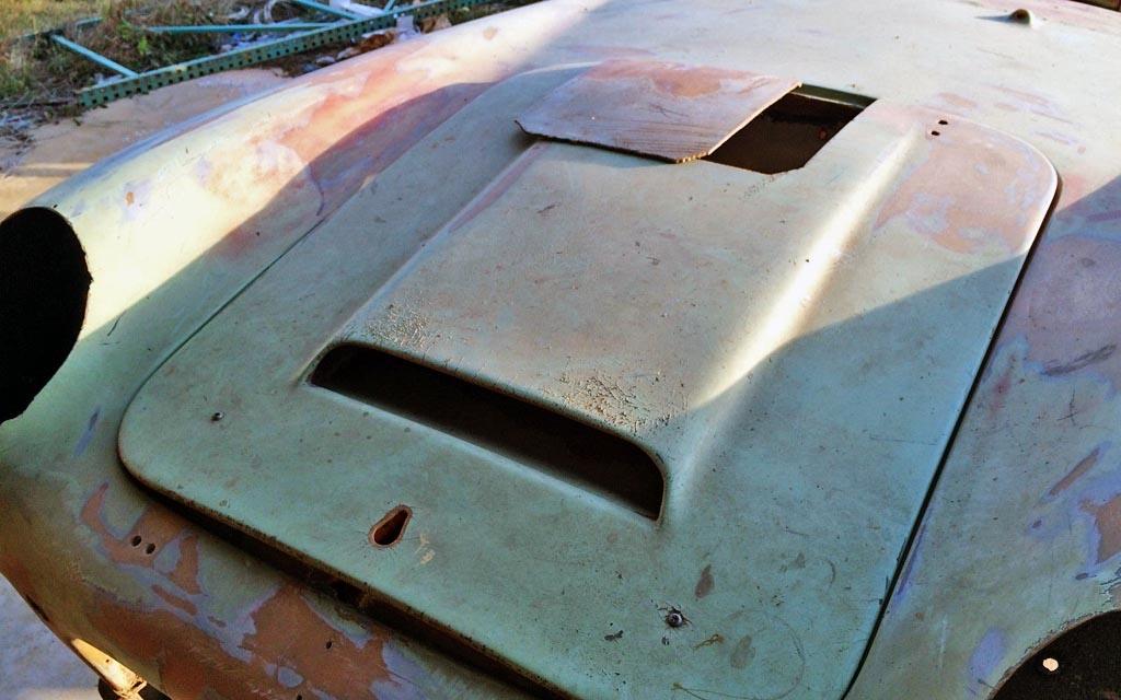 1958 Berkeley SE328 Hood