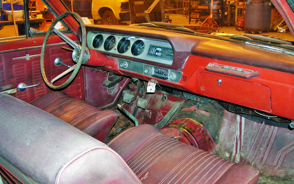 1964 Pontiac GTO Interior
