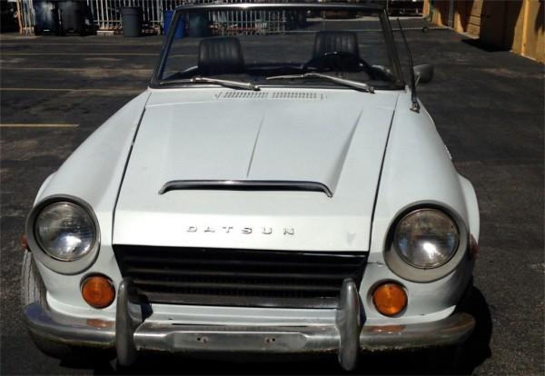 1969 Datsun 1600 Front End