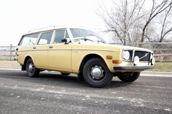 1972 Volvo 145