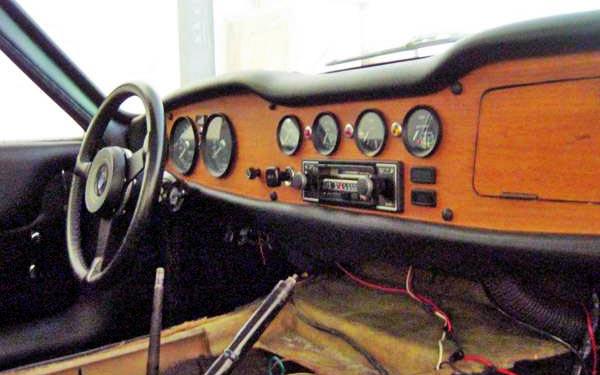 1976 TVR 2500M Interior