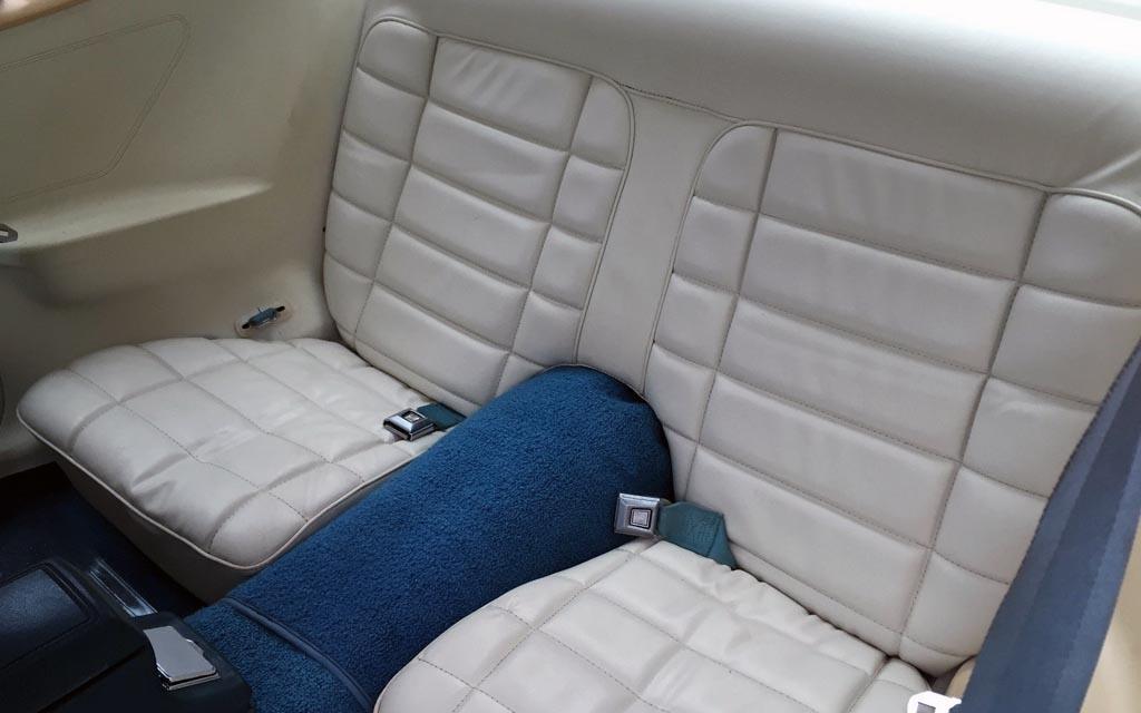 Mustang II Ghia Rear Seats