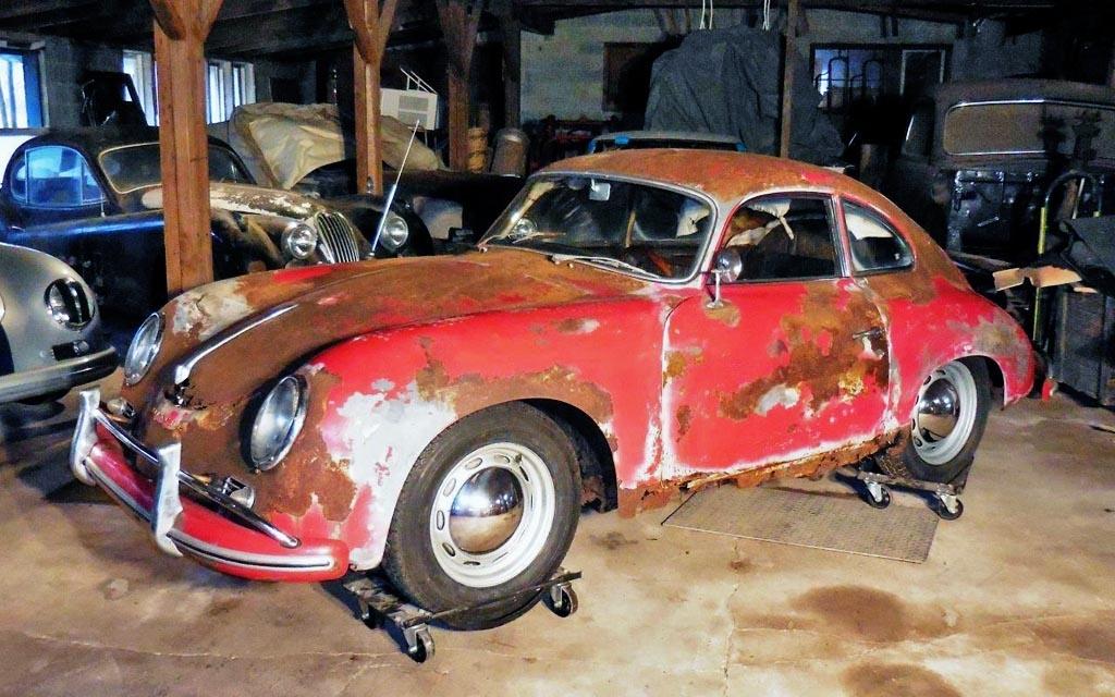 Rusty Porsche 356A Coupe