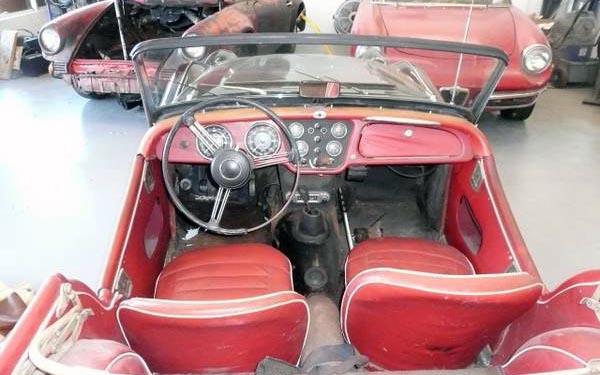 Triumph TR3B Interior