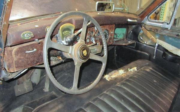 1961 Jaguar MK IX Dash