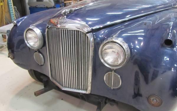 1961 Jaguar MK IX Grill