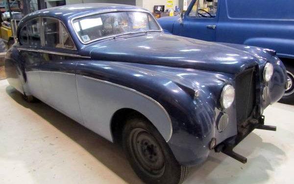1961 Jaguar MK IX