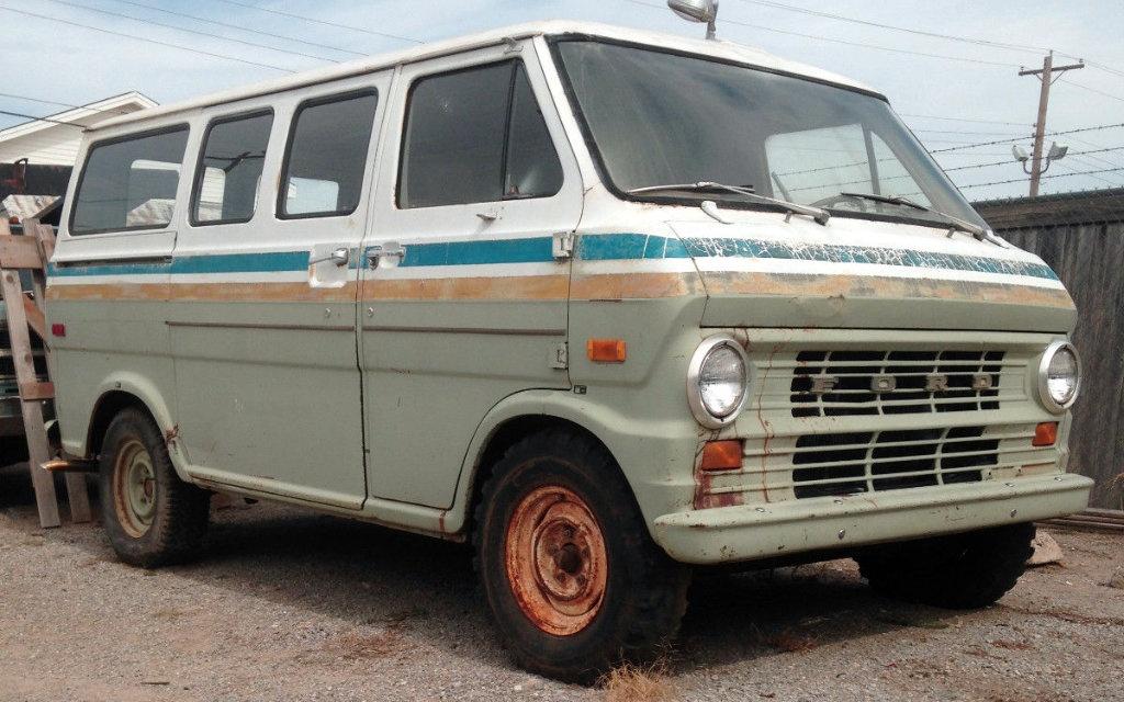 1972 Ford E100 Van