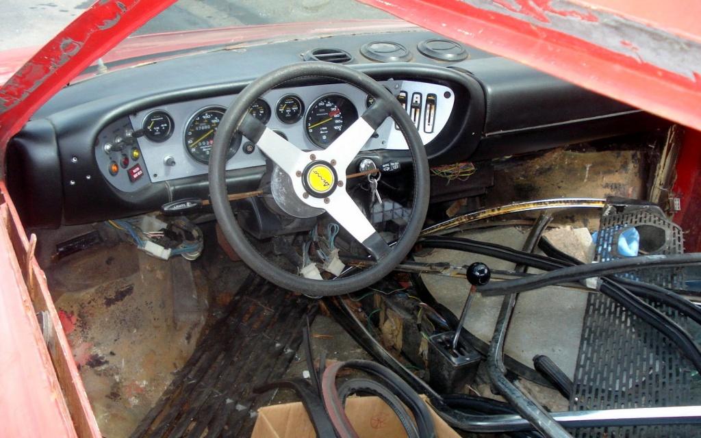 Dino GT4 interior