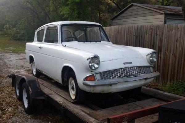 1960 Ford Anglia 105E