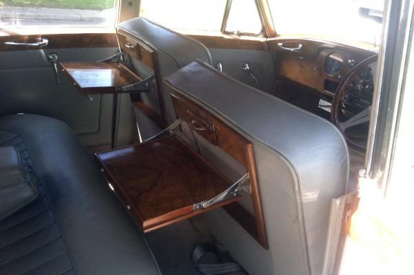 1956 Rolls-Royce Silver Cloud Interior