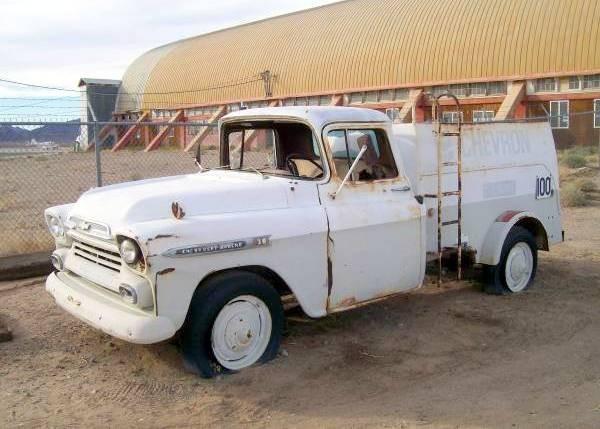 1959 Chevrolet Apache 38