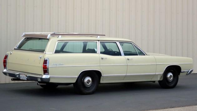 1969 Ford Country Sedan