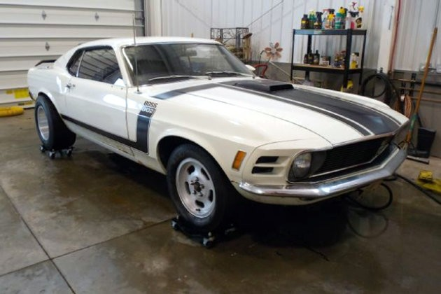 1970 Boss 302 Cleaned Up