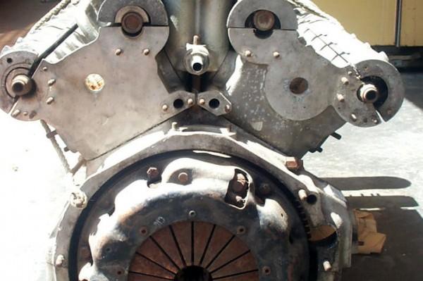 Ferrari 275 GTB4 Engine