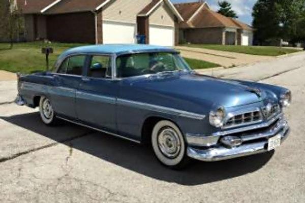 1955 Chrysler New Yorker Deluxe