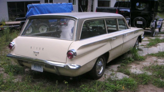 1961 Buick Special Wagon