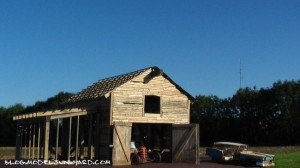 Old-Barn-Find-diorama-slides-11