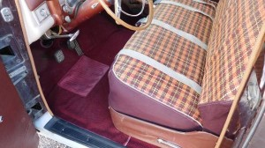 1953 Chrysler New Yorker Town & Country Station Wagon Int.