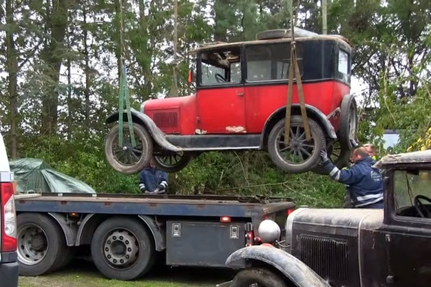 Loading Ford