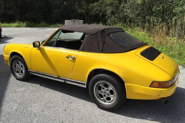 Porscheleft rear