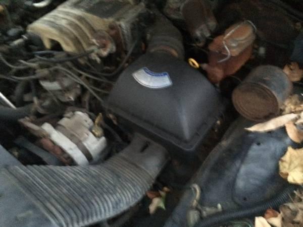 1986 Ford Wagon Engine