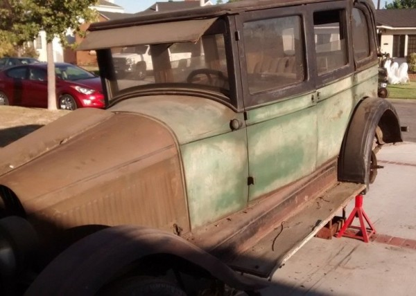 '26 Pontiac left side