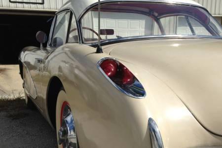 '56 Corvette rear