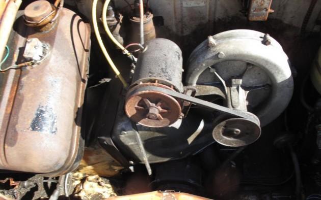 '57 Vespa 400 engine