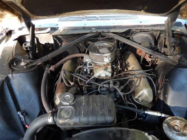 '63 Thunderbird engine