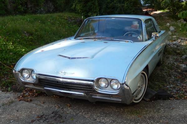 '63 Thunderbird front