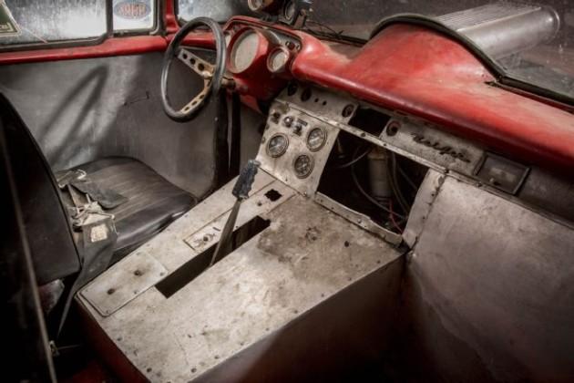 010-brennen-1957-chevrolet-bel-air-gasser-interior