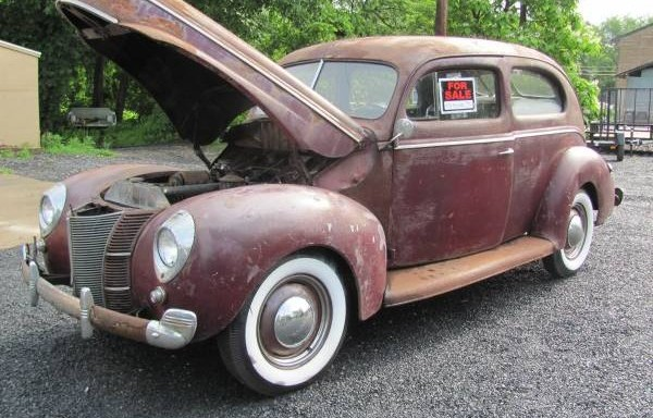 1940 Ford front