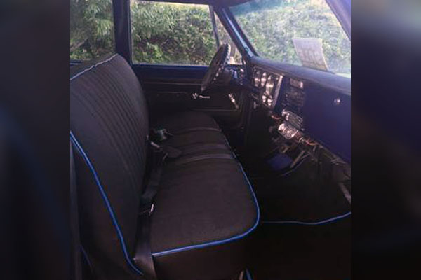 1972 Chevy Suburban Interior