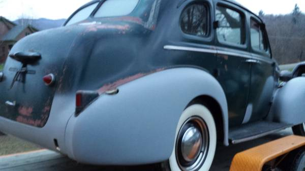 '37 Buick Special right side rear