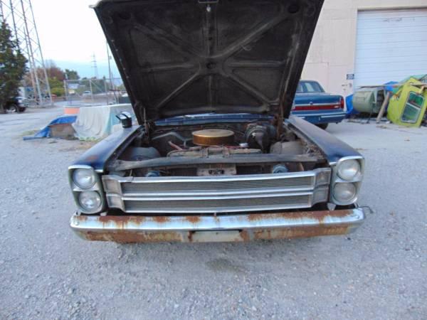 '66 Galaxie hood up