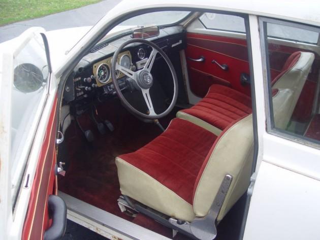 '66 Saab int.