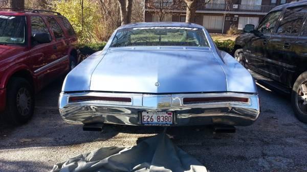 '68 Riviera rear