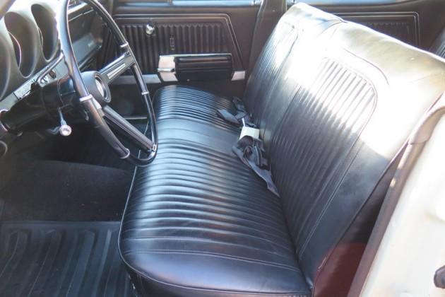 Vista Cruiser front seat