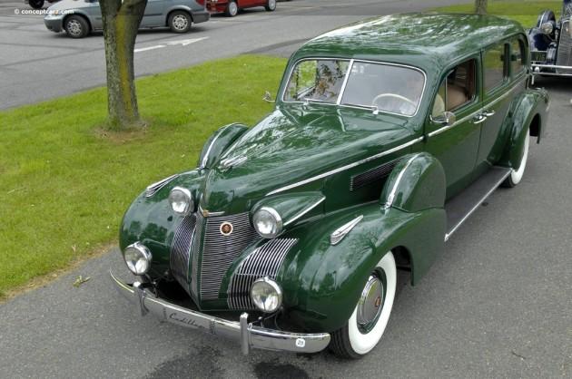 39-Cadillac-Fleetwood-DV-09_BC_a01