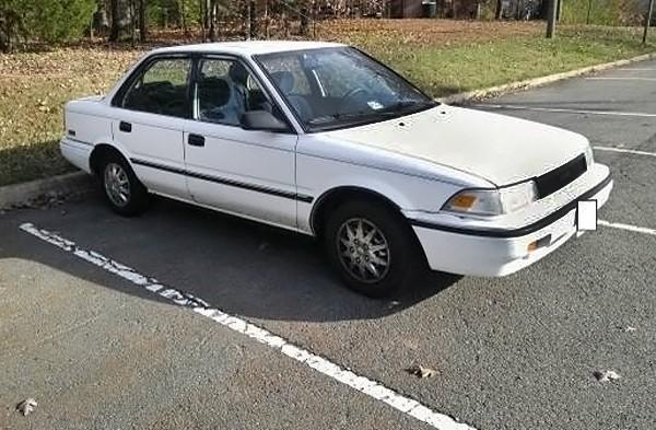 031016 Barn Finds - 1990 Toyota Corolla 1