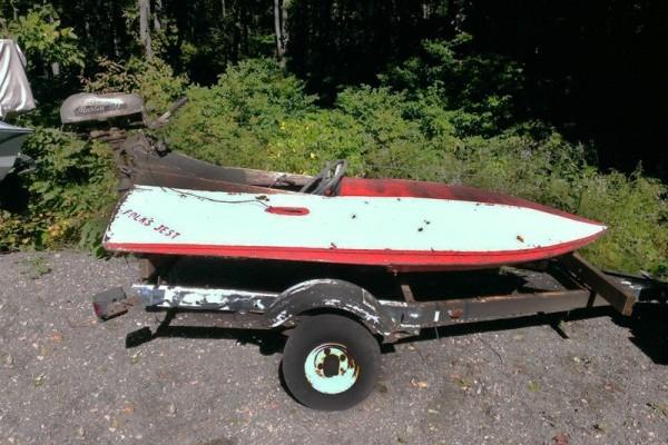 031116 Barn Finds - 1950s Hydroplane boat 3