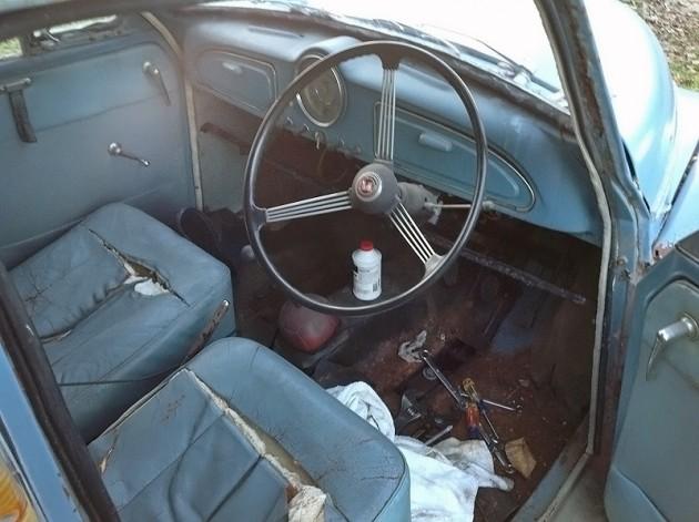 032216 Barn Finds - 1959 Morris Minor Traveller 4