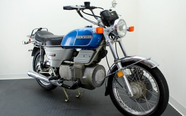 032616-Barn-Finds-1976 Hercules W-2000- - 3