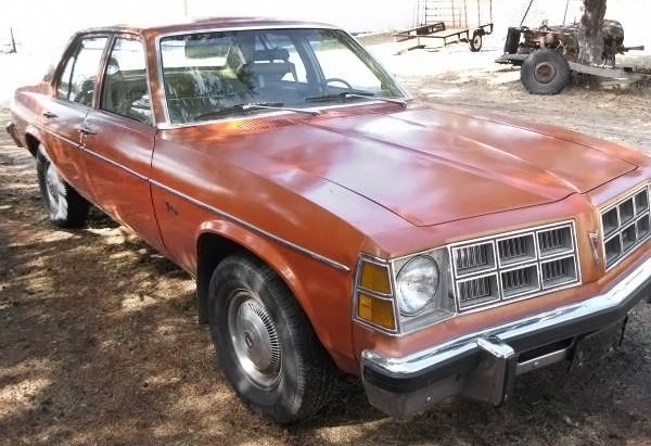 040516 Barn Finds - 1977 Pontiac Ventura - 2