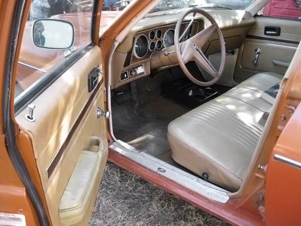 040516 Barn Finds - 1977 Pontiac Ventura - 4