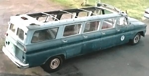 040916 Barn Finds - 1964 GMC Suburban - 1